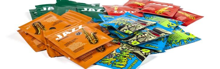 406bedf985e Syntetisk hasj brukes av og til som betegnelse for en gruppe syntetiske  rusmidler som er etterlikninger av cannabis (syntetiske cannabinoider).